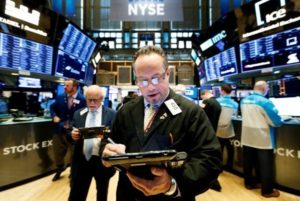 ¿De qué forma evitar los peligros de la bolsa de valores?